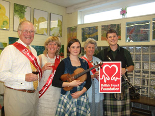 Drummond Murray, Ann Barron and Rosa Naylor from the BHF Malton branch with  folk and jazz musicians Laura Grime and Michael Haywood