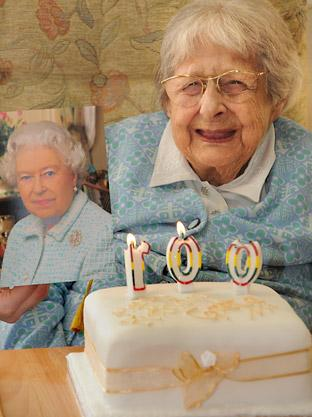 Greta Greenfield celebrates her 100th birthday at