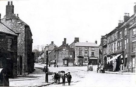 Kirkbymoorside Market Place in 1910. Picture courtesy of Jim Rivis.