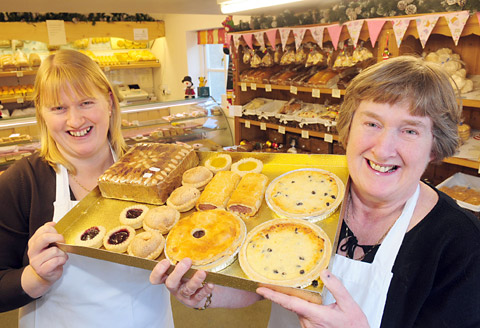 Sue Smithson and her mother, Anne Barnes, with a tray of treats at Auntie Anne's Bakery in Helmsley