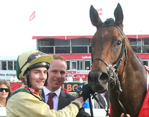 In-form trainer David O'Meara, pictured, centre, with jockey Danny Tudhope and Doc Hay, has made a flying start to 2013