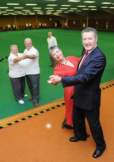 Pat and Barrie Elener who will be holdiing  a Valentine charity dance at Ryedale Indoor Bowls Club