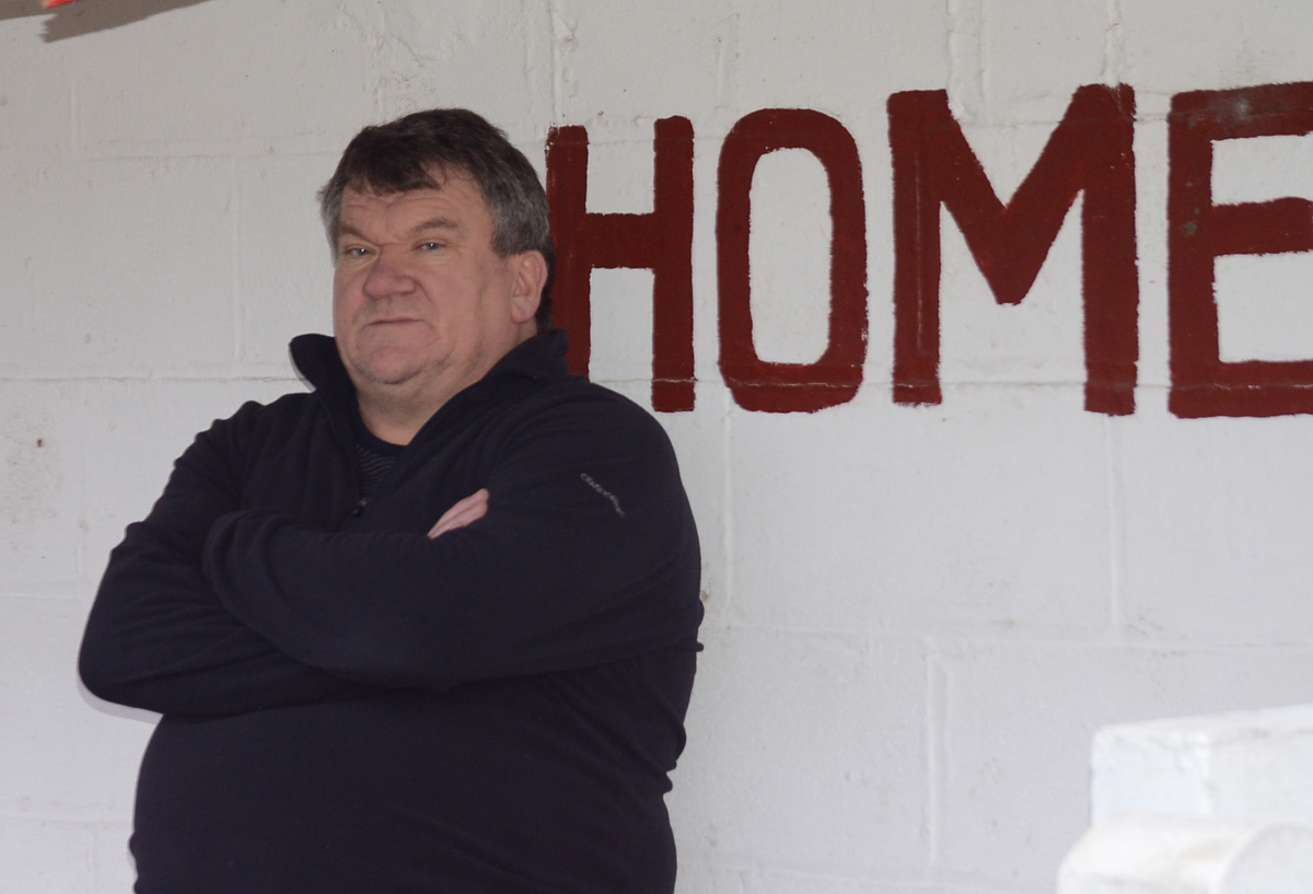 Ex-Pickering boss Jimmy Reid takes his place in the Selby dug-out, after admitting he has unfinished business in management following his controversial departure from Mill Lane