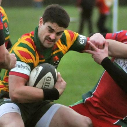 An ankle injury will keep Teihana Brown out of Selby's Yorkshire One trip to Old Brodleians tomorrow