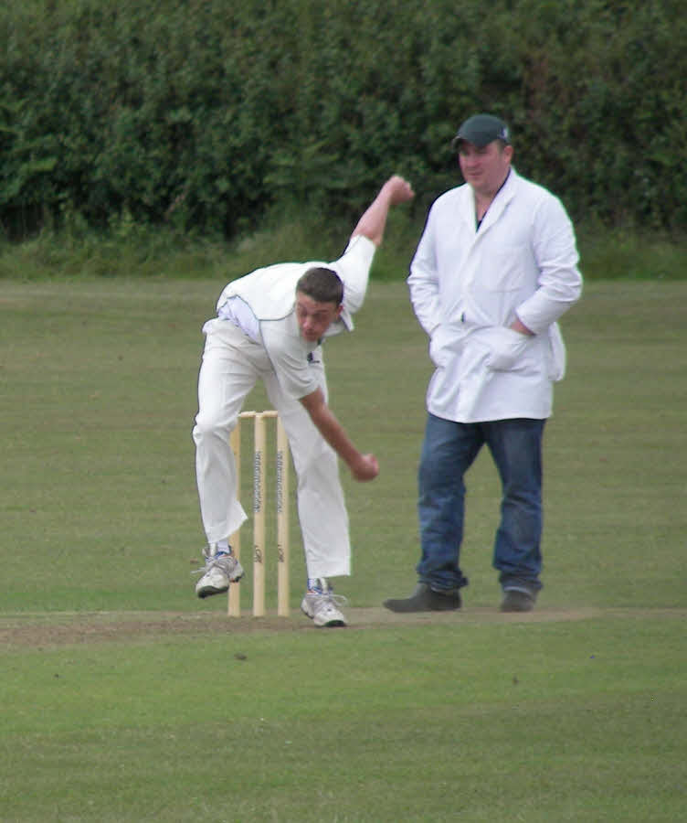 Big win over neighbours lifts Thornton Dale to third