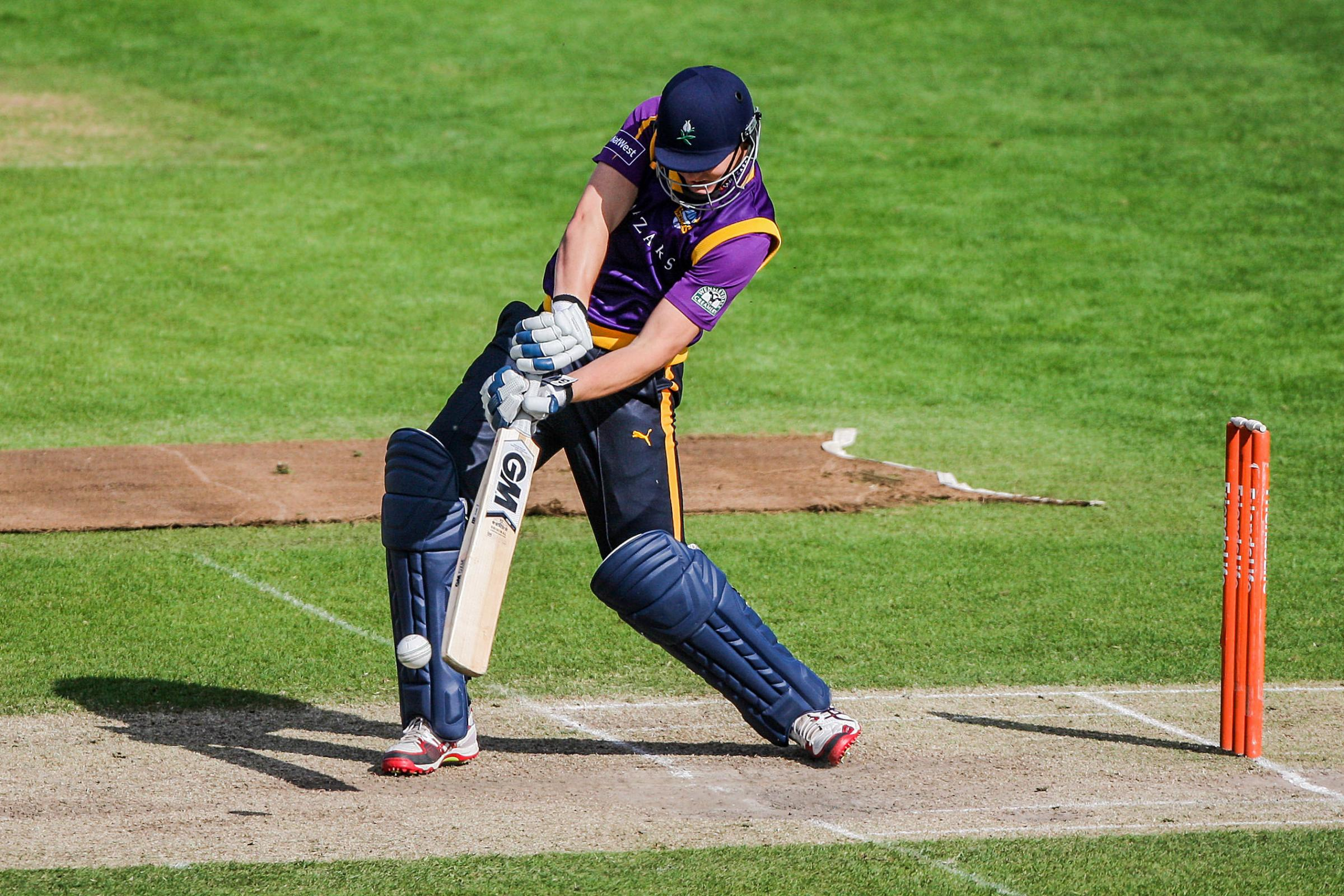 Alex Lees smashed a stunning century as Yorkshire Vikings trounced Northamptonshire in the Royal London One-day CupP