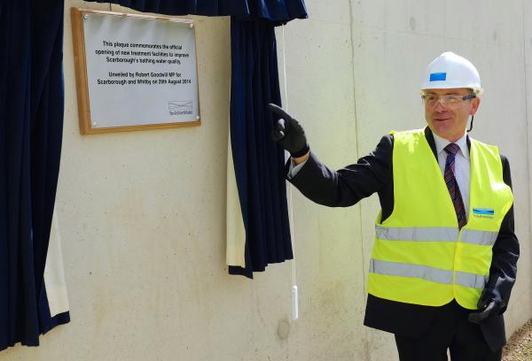 Robert Goodwill MP unveils the celebratory plaque at the completed Scarborough Waste Water Treatment Works