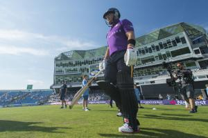 WITH VIDEO: Yorkshire secure Aaron Finch and Glenn Maxwell for 2015