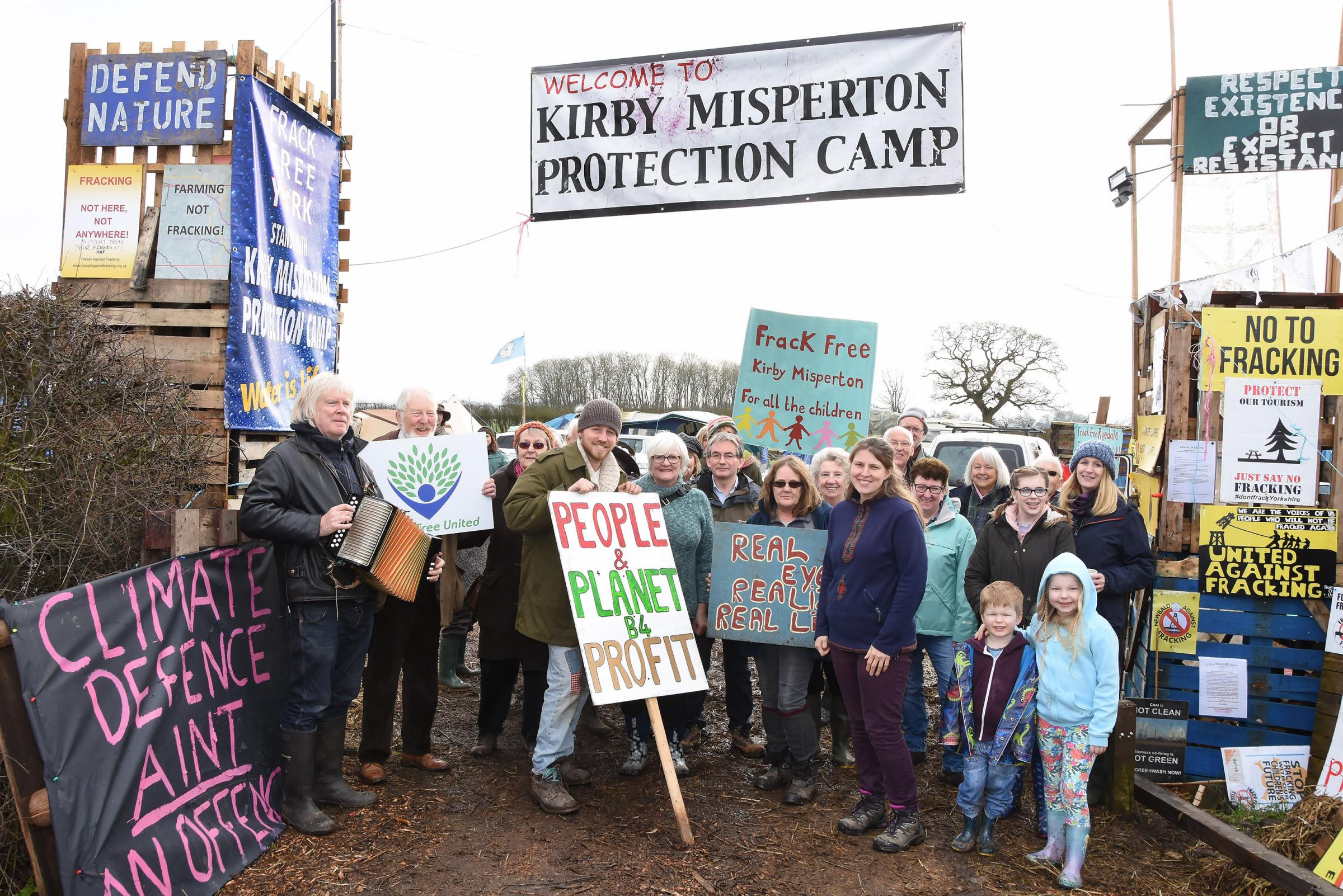 Protesters at Kirby Misperton Protection Camp