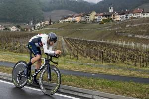 Second for Alex Dowsett as Chris Froome plays it safe in Romandie prologue