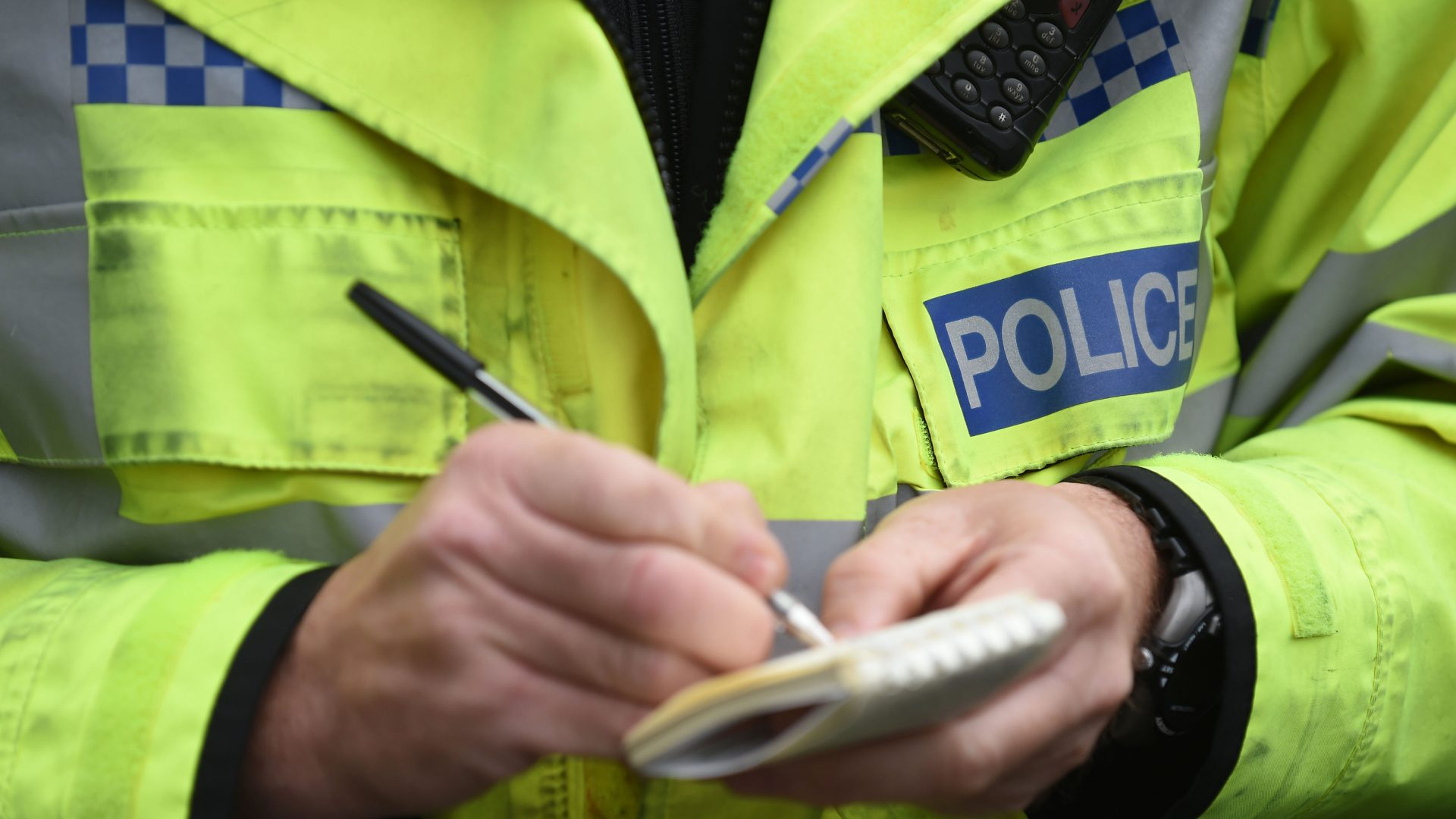 Police appeal after car crashes