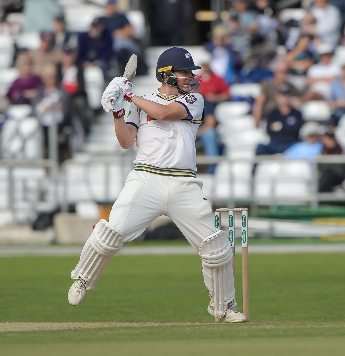 Gary Ballance has signed a two-year contract extension with Yorkshire