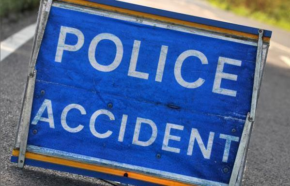 Three-vehicle crash and fuel spillage on A170